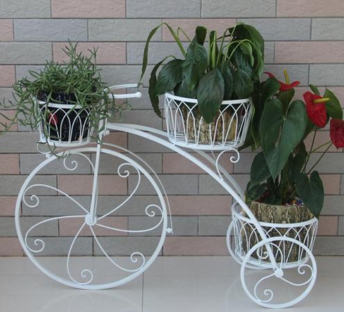 Заказ оригинальной подставки под цветы костюмированная доставка цветов москва